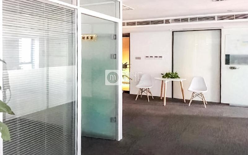 西王大厦写字楼出租178平米精装办公室2.5元/m².天