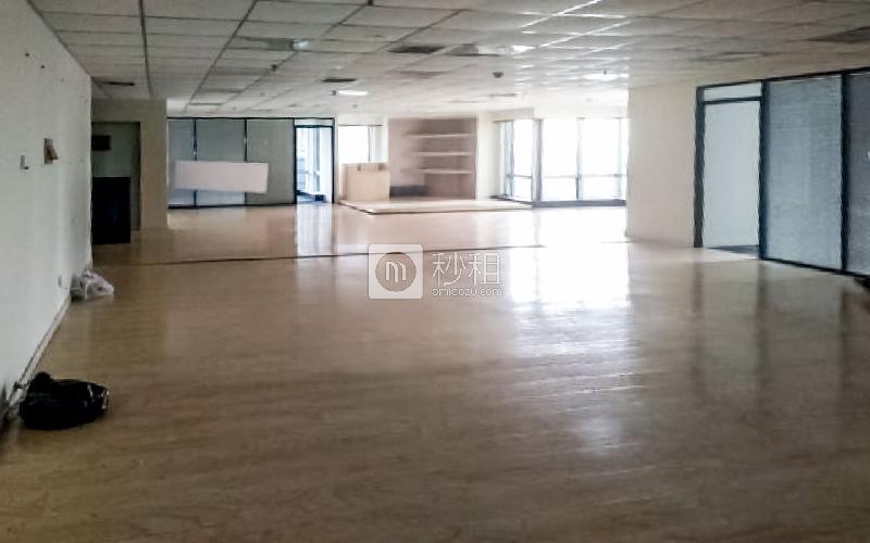 华仁国际大厦写字楼出租418平米精装办公室31666元/月