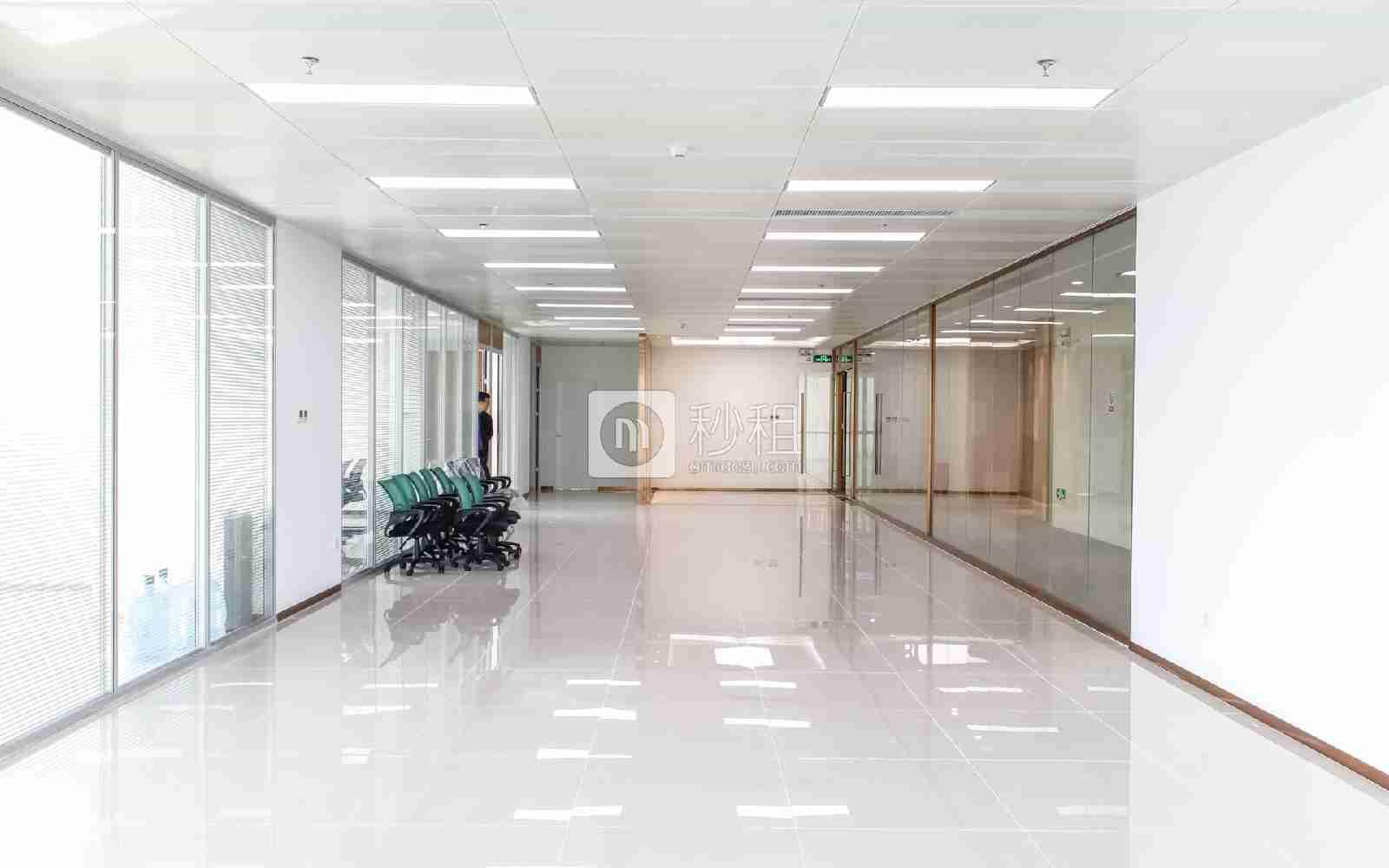 深业U中心写字楼出租493平米精装办公室60元/m².月