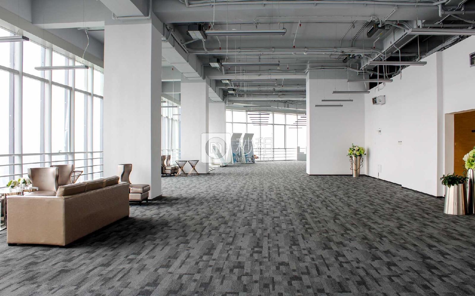 星河WORLD(二期)写字楼出租600平米精装办公室160元/m².月