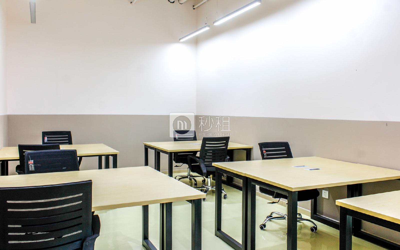 289数字半岛(铭可达国际物流园)写字楼出租40平米精装办公室9600元/间.月