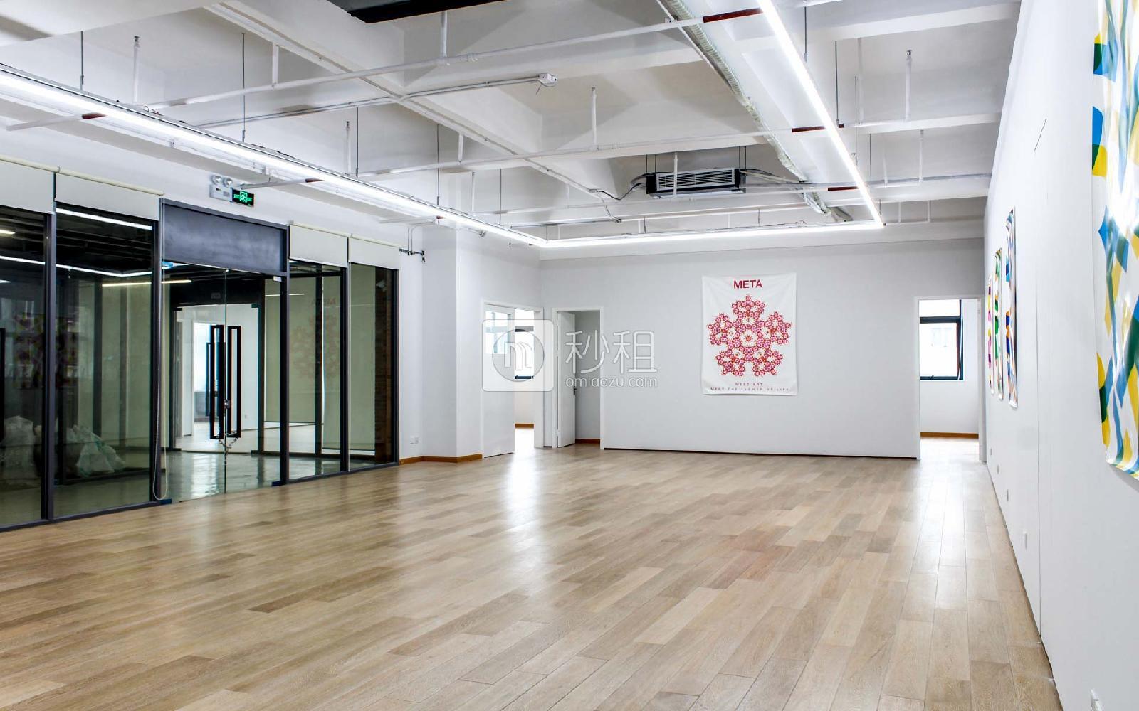 289数字半岛(铭可达国际物流园)写字楼出租280平米精装办公室100元/m².月