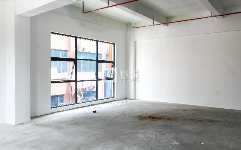 忠汇大厦写字楼出租120平米简装办公室56元/m².月