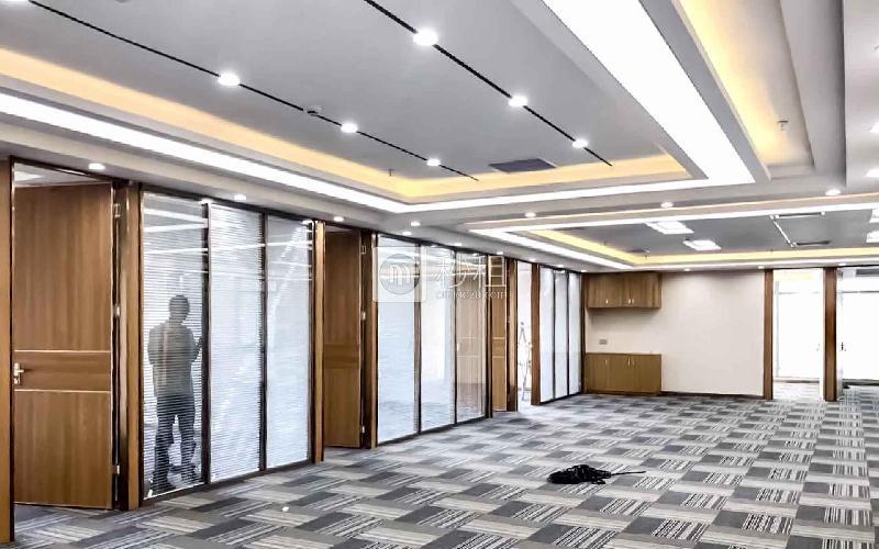 海岸大厦(海岸城)写字楼出租656平米精装办公室188元/m².月