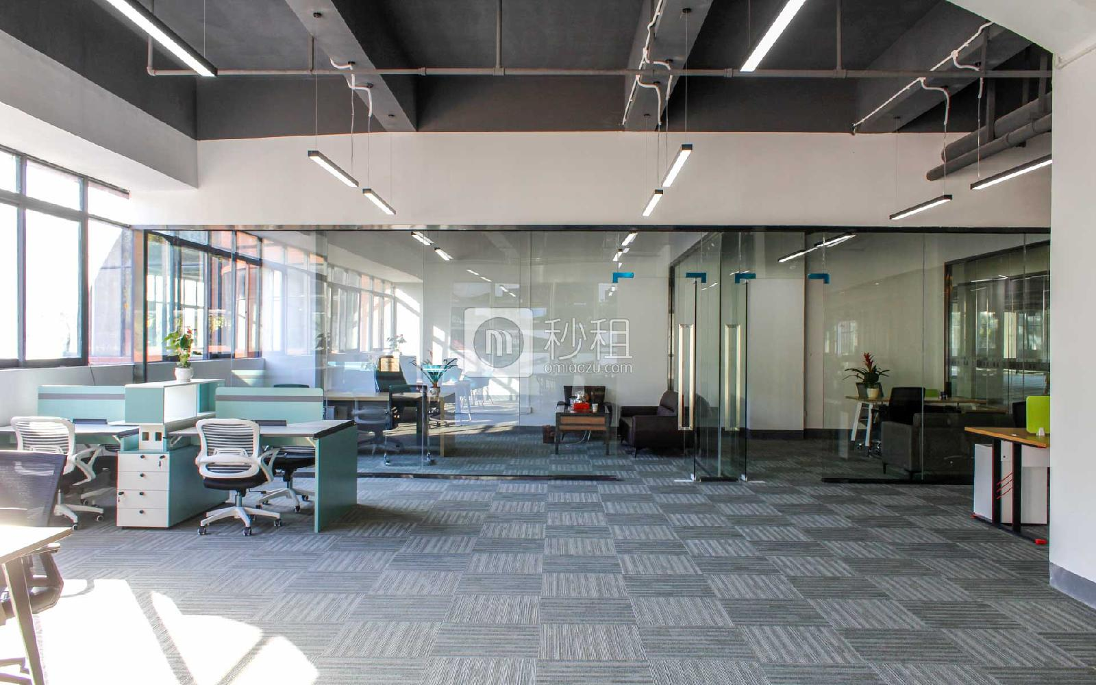 泉森.红木棉创意园写字楼出租350平米简装办公室50元/m².月