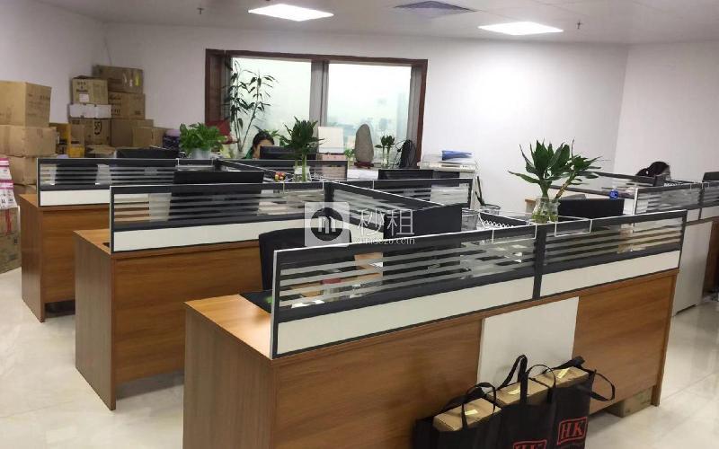 鸿昌广场写字楼出租130平米简装办公室16640元/间.月