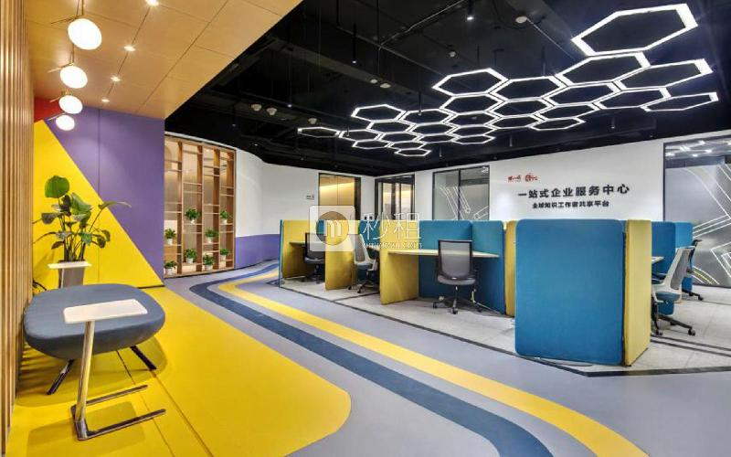 U&P联合工社-新视艺创客公园写字楼出租5平米精装办公室888元/工位.月