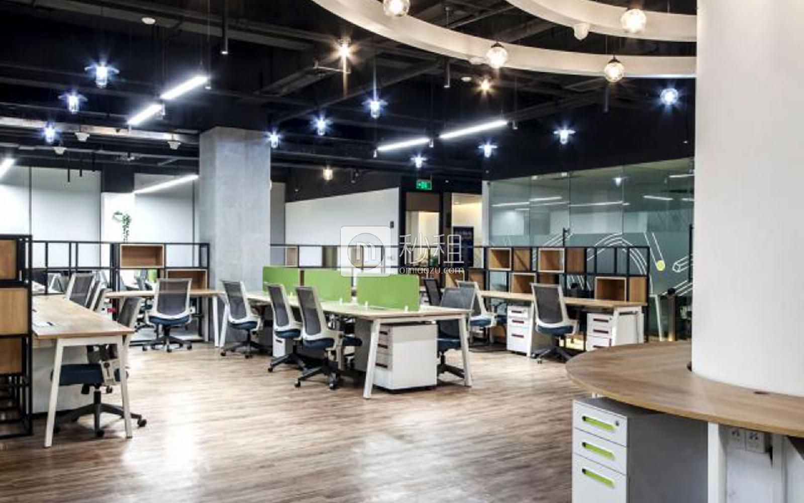 U&P联合工社-新视艺创客公园写字楼出租5平米精装办公室1400元/工位.月