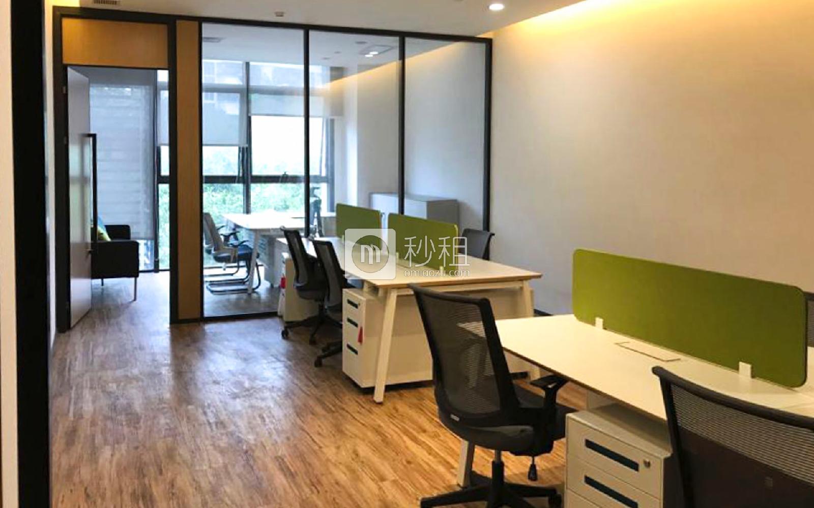 U&P联合工社-新视艺创客公园写字楼出租45平米精装办公室22500元/间.月