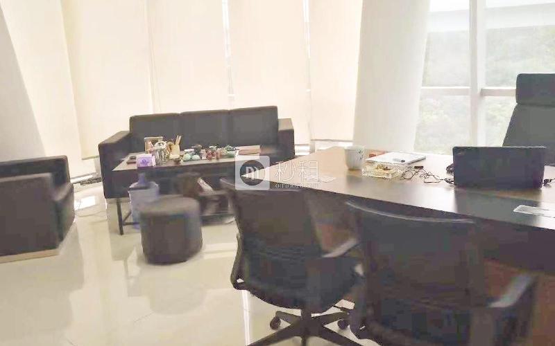 南山智园写字楼出租468平米精装办公室100元/m².月