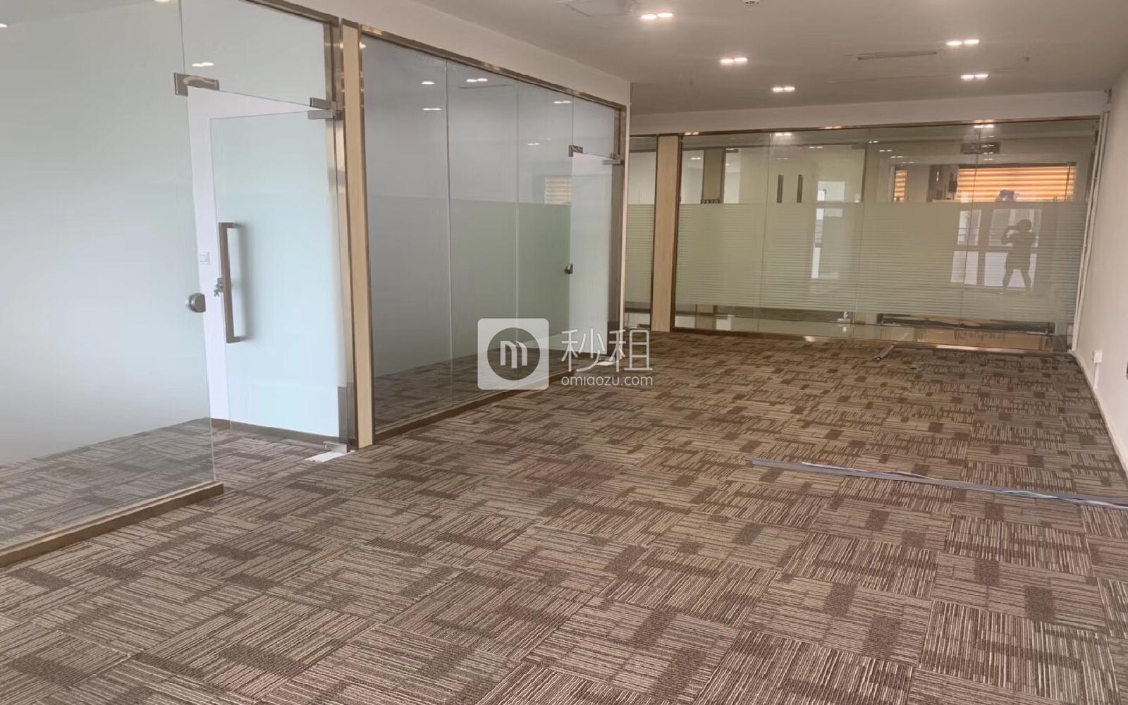 坂田国际中心写字楼出租189平米精装办公室70元/m².月