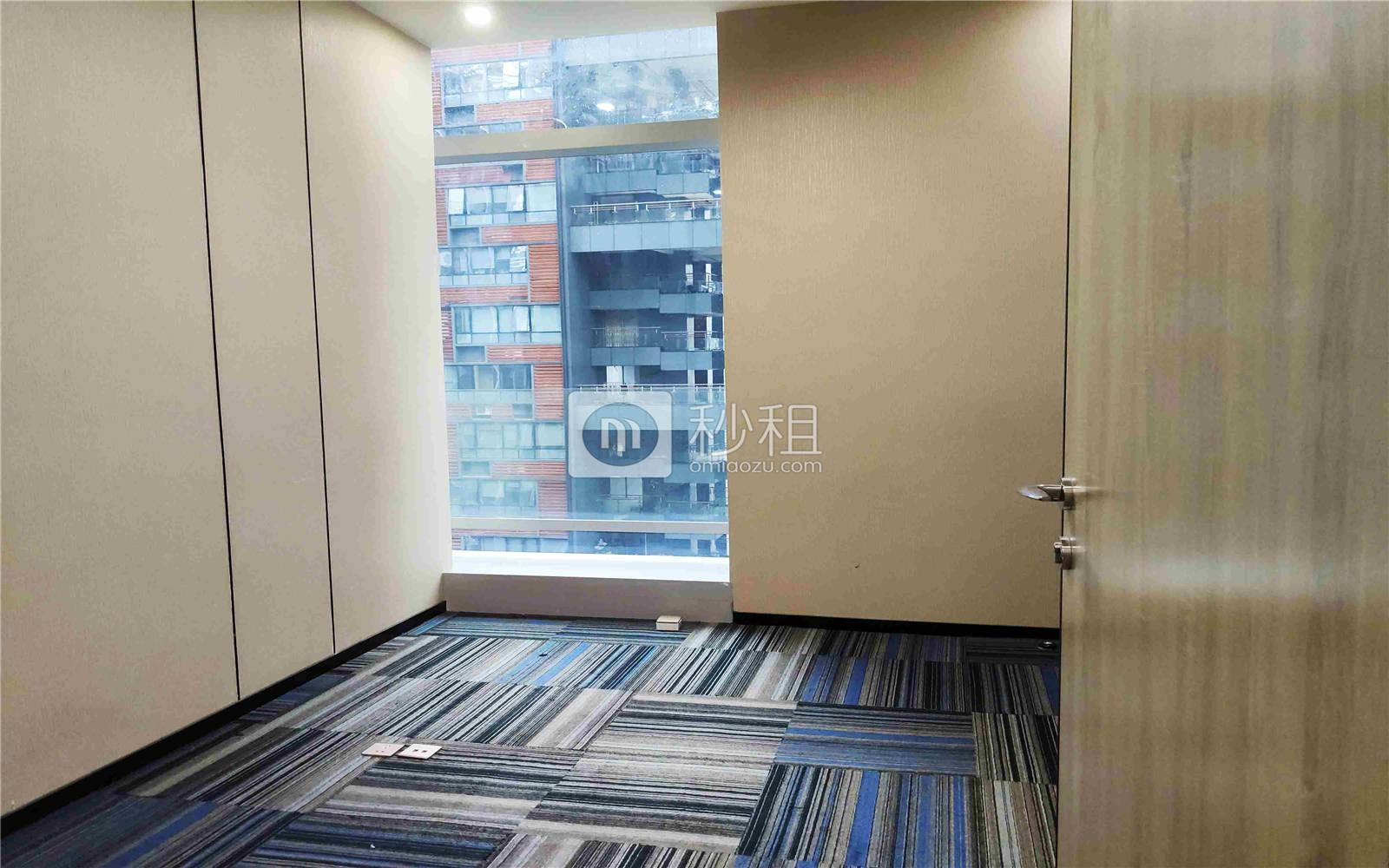珠控国际中心-珠控商务大厦写字楼出租385平米精装办公室99元/m².月