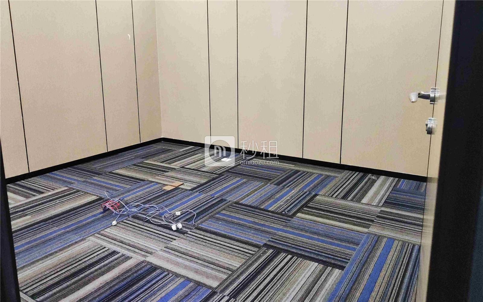 珠控国际中心-珠控商务大厦写字楼出租105平米精装办公室99元/m².月