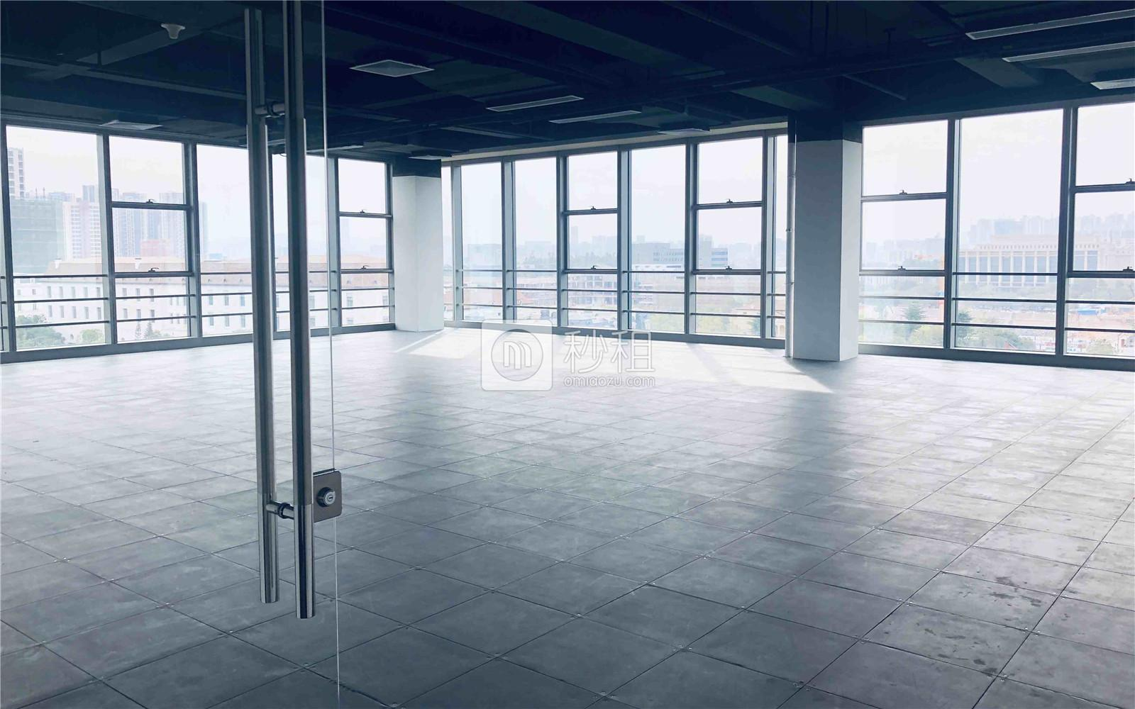 龙岗-坂田 有所为大厦 211m²