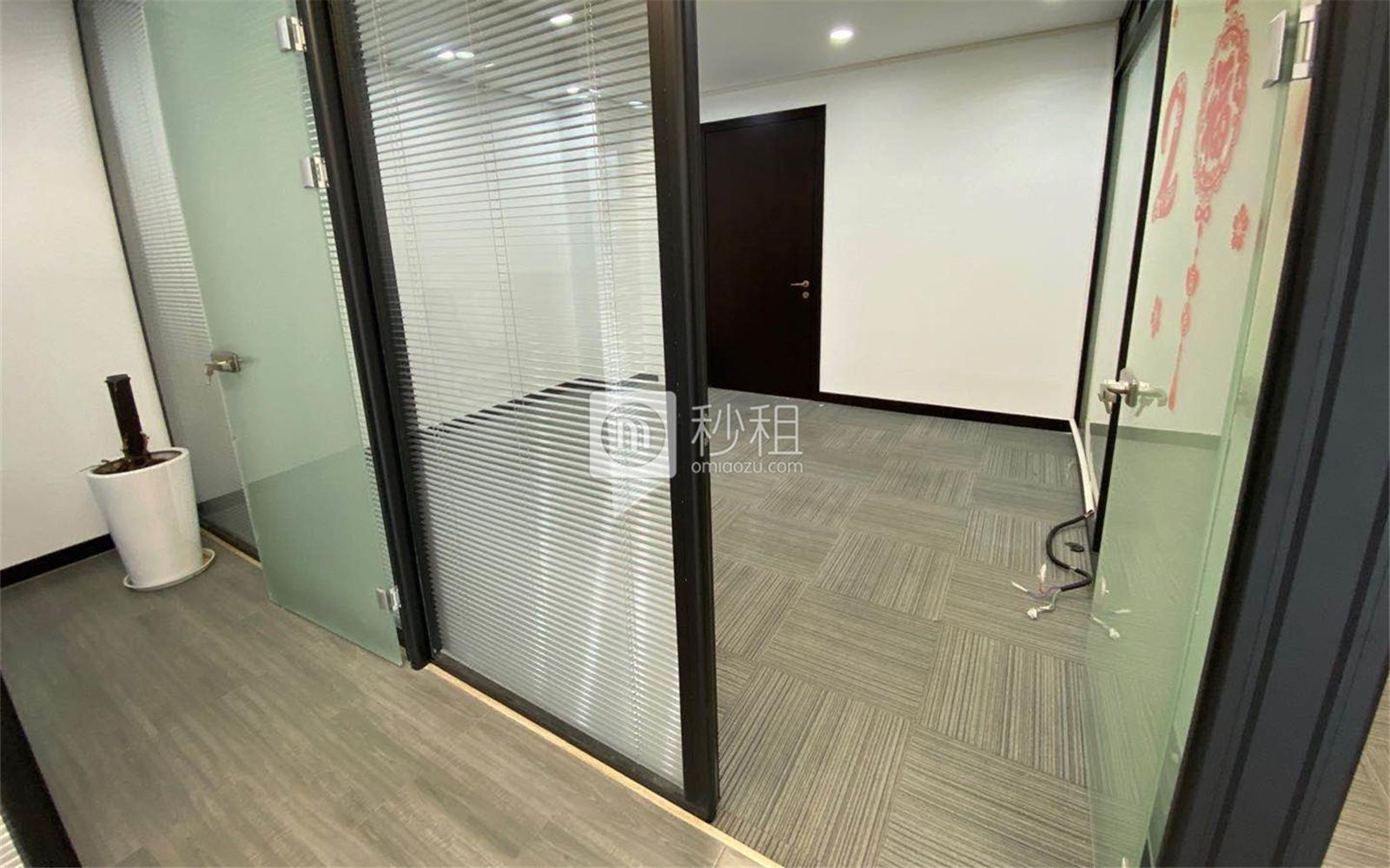 赞成中心写字楼出租122.8平米精装办公室4元/m².天