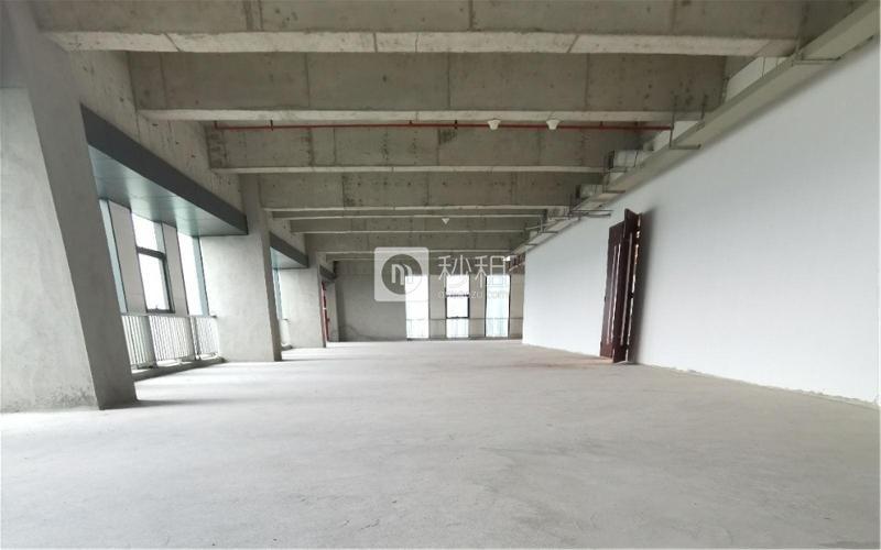 展辰大厦写字楼出租200平米毛坯办公室50元/m².月