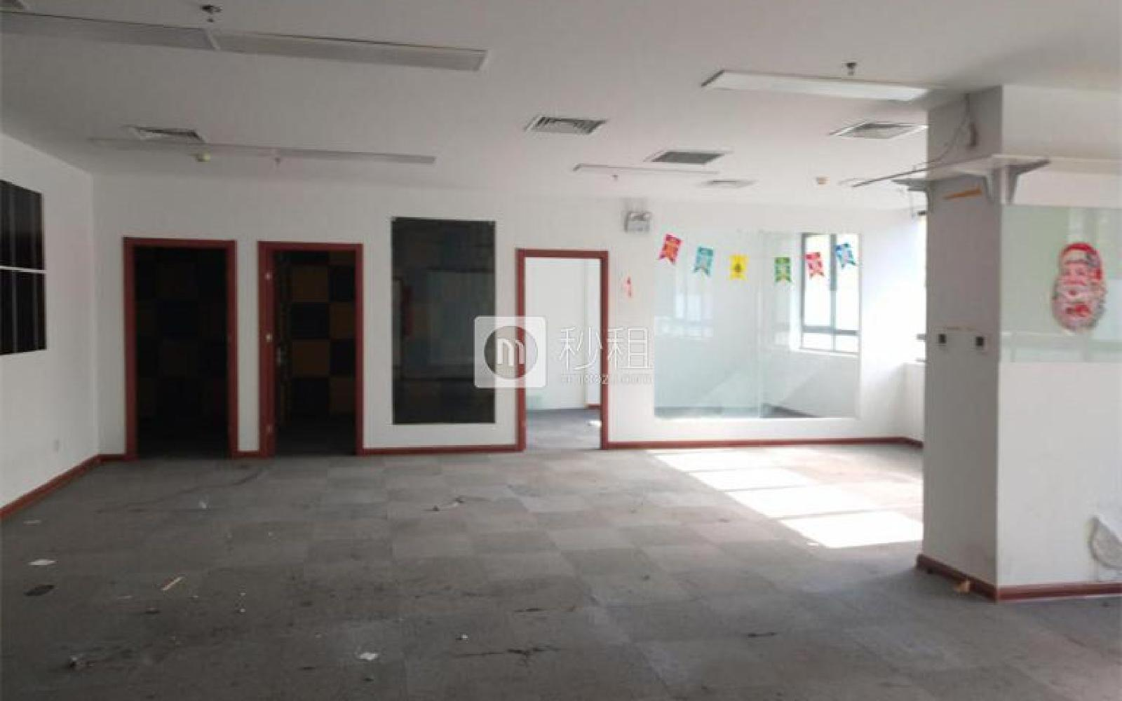 龙冠商务中心银座-乐邦乐成创业基地写字楼出租300平米简装办公室5.2元/m².天