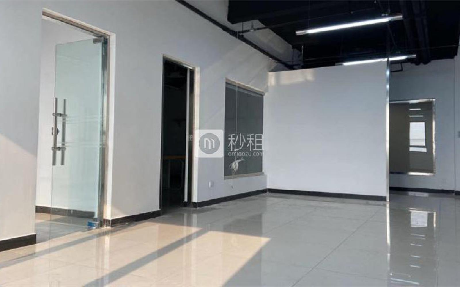 昌平-回龙观 龙冠商务中心银座-乐邦乐成创业基地 145m²