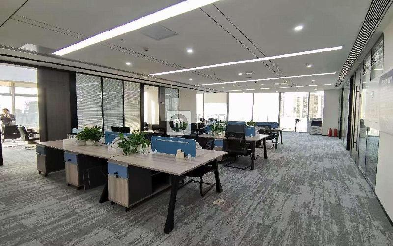 前海卓越时代广场写字楼出租558平米精装办公室138元/m².月
