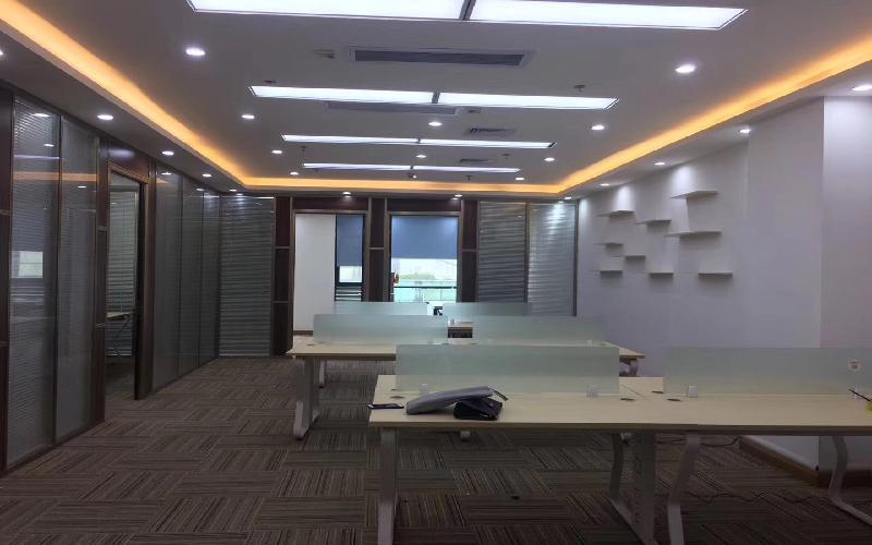 劲松大厦写字楼出租258平米豪装办公室135元/m².月