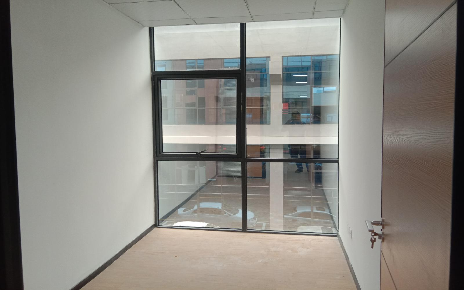 智美park写字楼出租465平米精装办公室50元/m².月