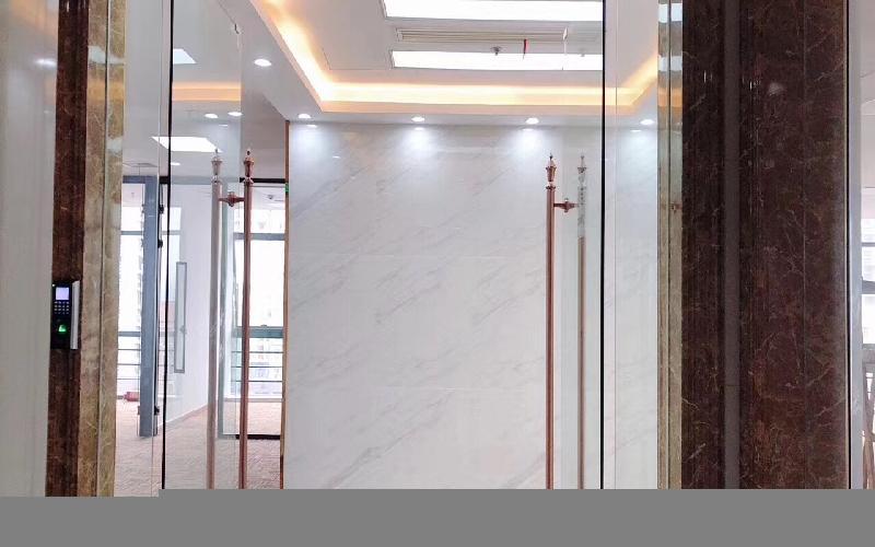 盛唐大厦写字楼出租279平米豪装办公室155元/m².月