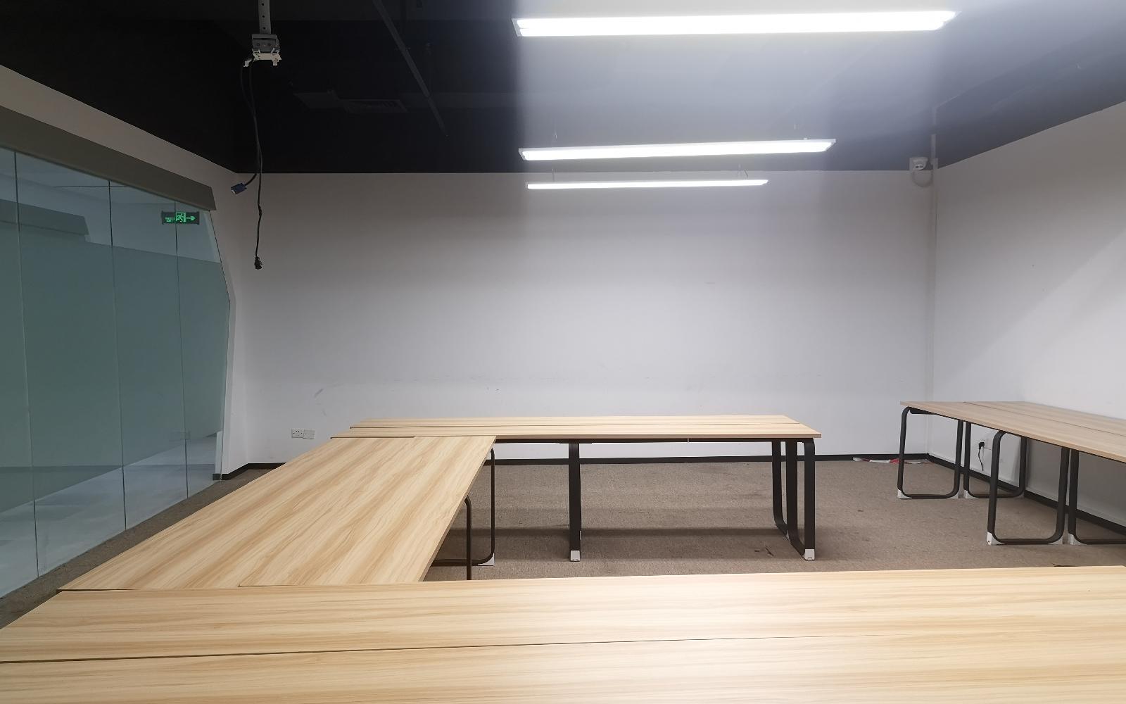 中电照明大厦写字楼出租108平米精装办公室99元/m².月