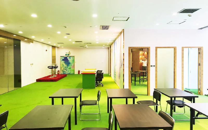 鸿隆世纪广场写字楼出租377平米精装办公室108元/m².月