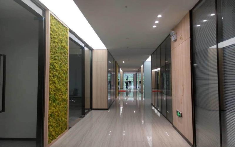 创客公馆写字楼出租436平米精装办公室99元/m².月