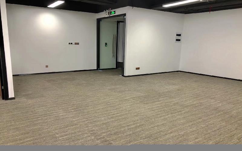 筑梦空间-讯美科技大厦写字楼出租230平米精装办公室118元/m².月