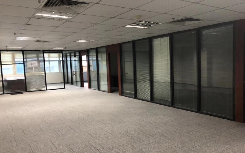 华瀚科技大厦写字楼出租278平米简装办公室75元/m².月