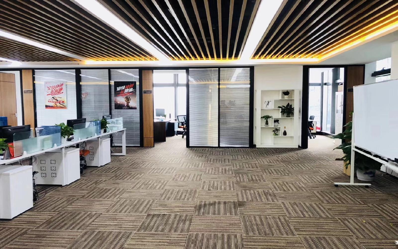 深圳湾科技生态园(三期)写字楼出租569平米精装办公室88元/m².月