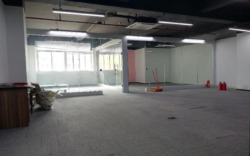 马家龙工业区写字楼出租158平米精装办公室60元/m².月