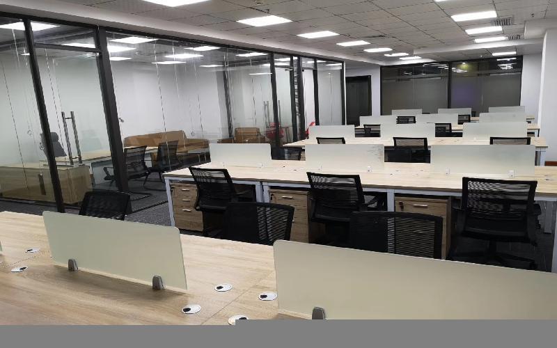 东方科技大厦写字楼出租356平米精装办公室99元/m².月