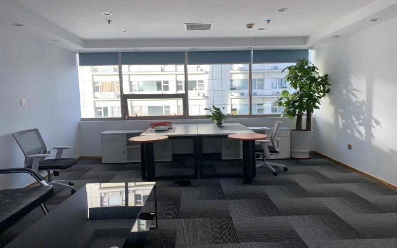 大庆大厦写字楼出租68平米精装办公室140元/m².月