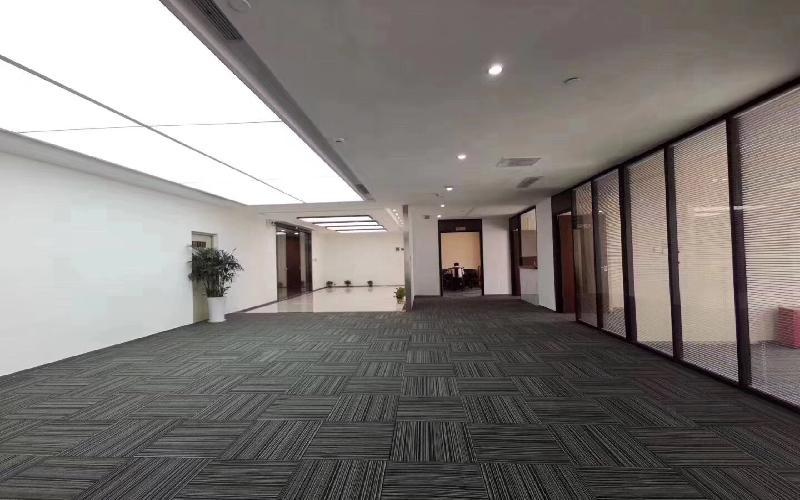 AirS&S-龙光世纪写字楼出租455平米精装办公室135元/m².月