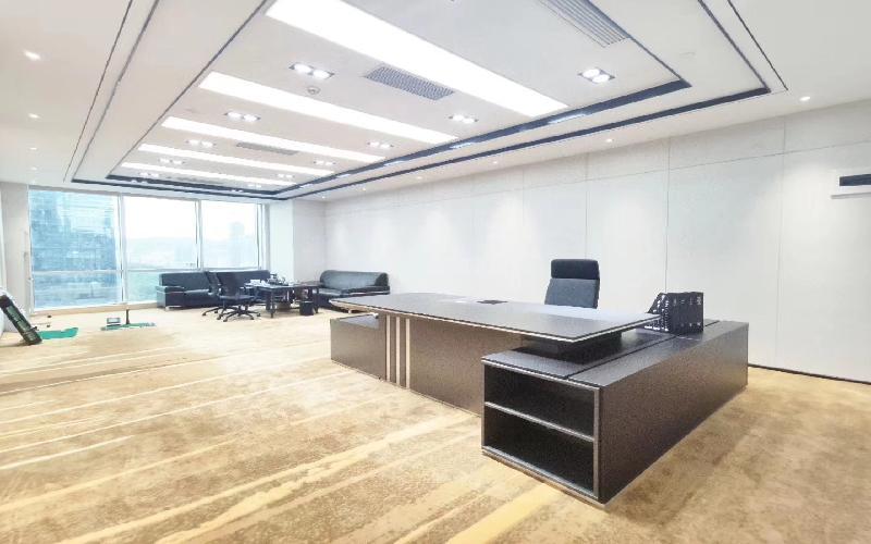 荣超经贸中心写字楼出租898平米豪装办公室198元/m².月