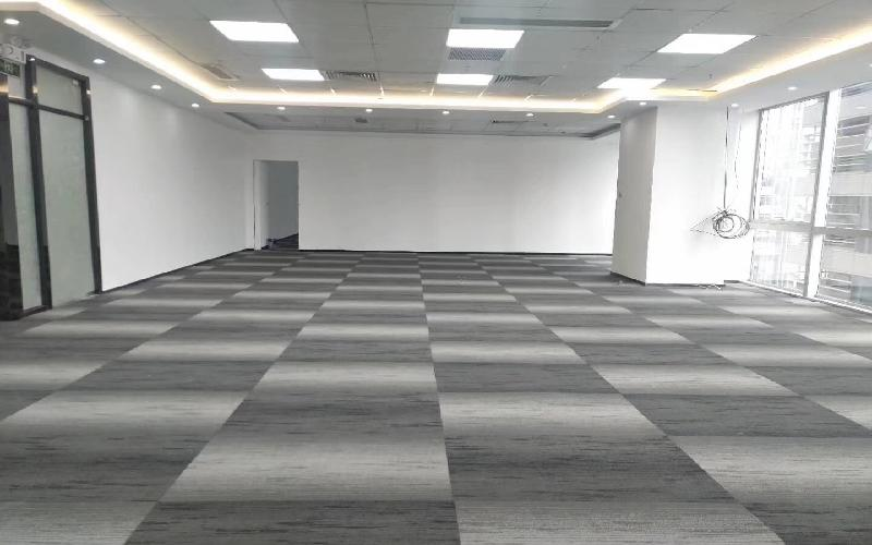 华润城大冲商务中心写字楼出租682平米精装办公室135元/m².月