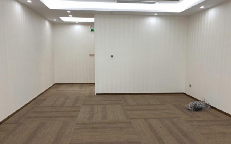 卓越前海壹号写字楼出租128平米精装办公室118元/m².月