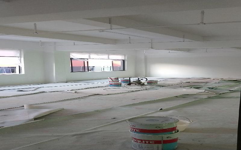 众里创新社区-洪浪北写字楼出租702平米毛坯办公室55元/m².月
