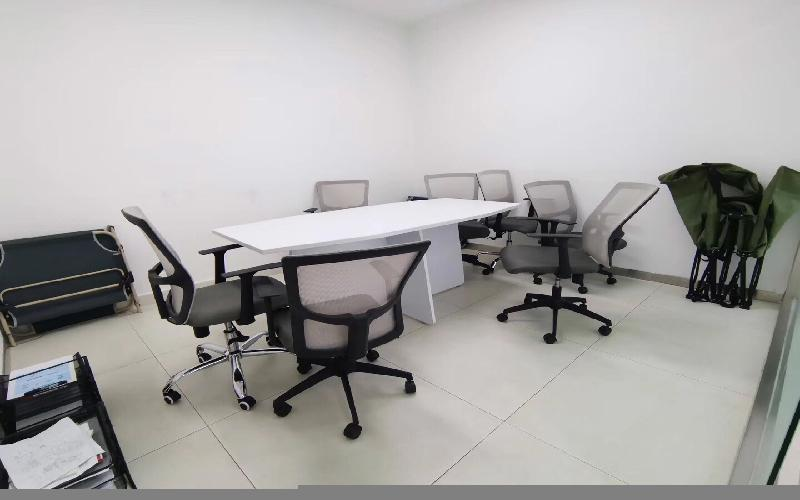 德赛科技大厦写字楼出租546平米精装办公室160元/m².月