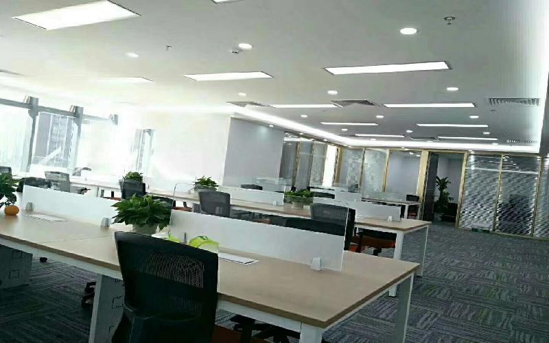 国际西岸商务大厦写字楼出租439平米精装办公室149元/m².月