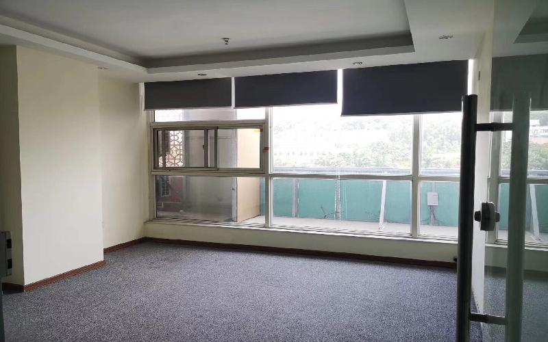 鸿生源信息产业园写字楼出租135平米精装办公室58元/m².月