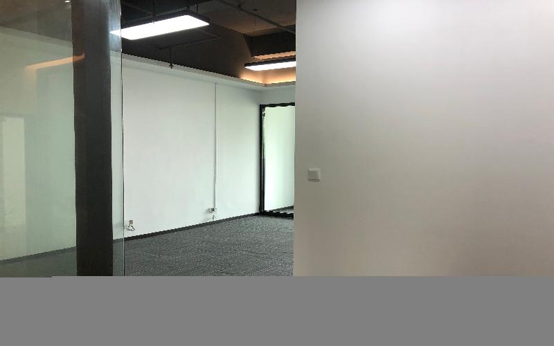 广兴源海缤国际创意园写字楼出租326平米精装办公室75元/m².月