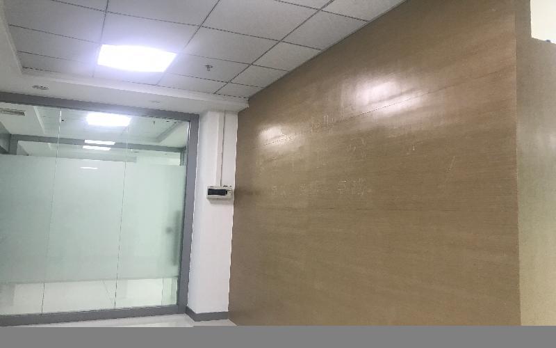 港之龙商务中心写字楼出租332平米精装办公室80元/m².月