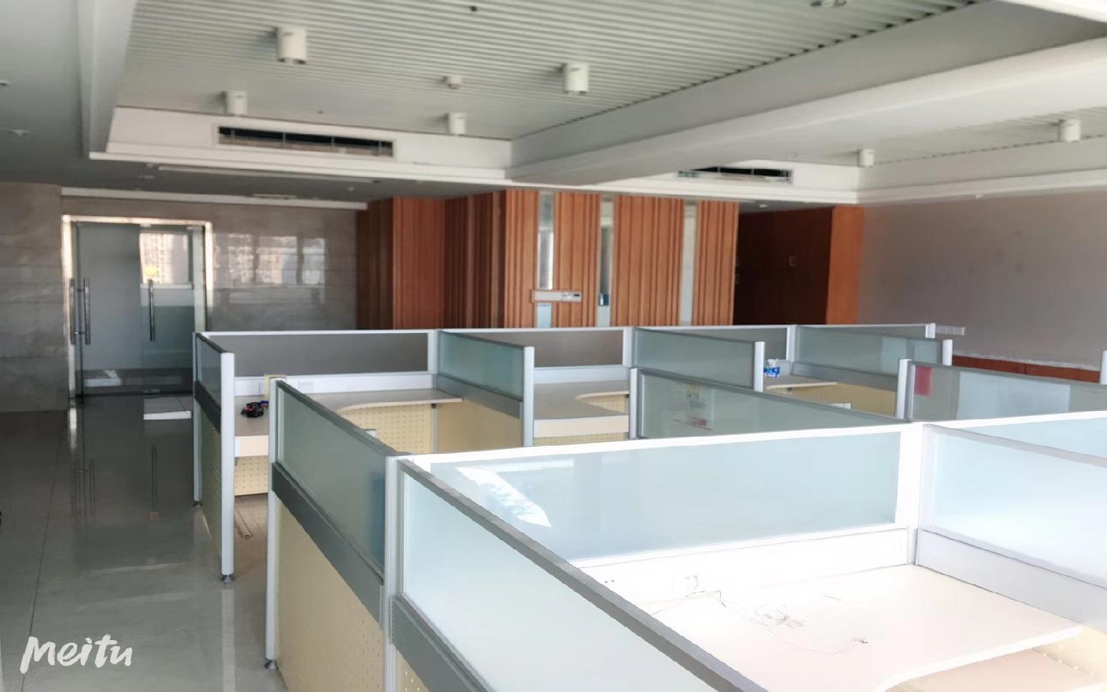 横岗大厦写字楼出租225平米精装办公室69元/m².月
