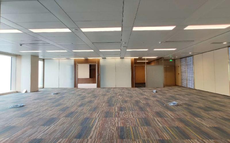 平安國際金融中心寫字樓出租826平米豪裝辦公室400元/m2.月