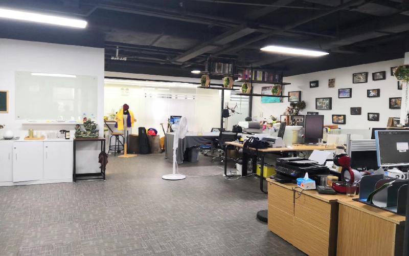 南大产学研大厦写字楼出租254平米精装办公室78元/m².月