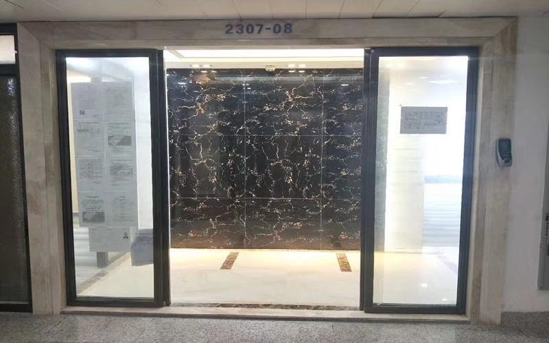创建大厦(福田)写字楼出租298平米精装办公室135元/m².月