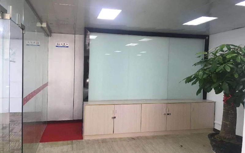 大运软件小镇写字楼出租220平米精装办公室58元/m².月